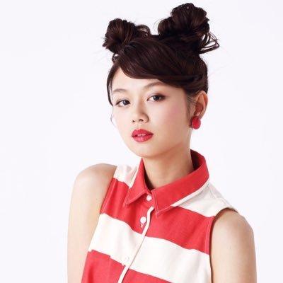 アイリスはマレーシア出身。女優や歌手など、その活動は多彩だ!