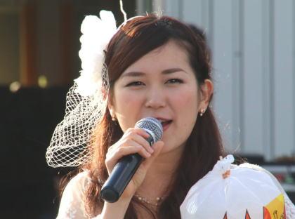ティーナカリーナは美人歌手!農姫米や本名や出身地、MV(歌動画)や結婚が気になる!【有吉】